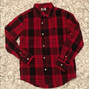Black and red boys 10/12 button down
